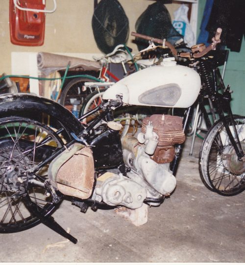 The bike loosely assembled 1988 pic 1