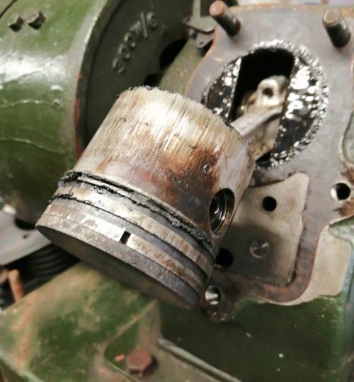 seized piston rings