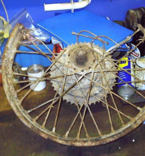 Wheel a bit rotten but hub reused